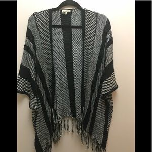 Tops - Black and white bohemian style shawl. One size